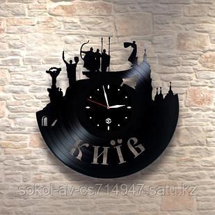 Настенные часы из пластинки Київ, подарок иностранцу, на память уезжающему, 0070