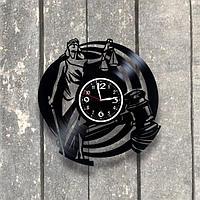 Настенные часы из пластинки, Фемида, подарок юристу, адвокату, прокурору, судье, 0541