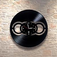 Настенные часы из пластинки, Audi Ауди, подарок фантам, любителям, владельцам, 0177