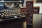 Панно крест резной настенный из дерева Лоза, 11,8 x 16,9 см, фото 4