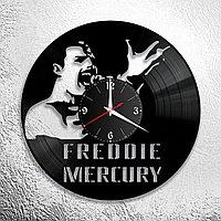 Часы из пластинки, группа Квин Фредди Меркьюри Queen Freddie Mercury, подарок фанатам, любителям, 0701