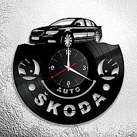 Настенные часы из пластинки Skoda Шкода, подарок фанатам, любителям, владельцам, 0938