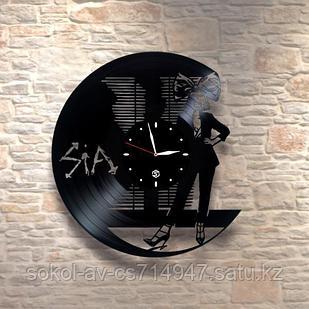 Настенные часы из пластинки, певица Sia Furler, подарок фанатам, любителям, 0448