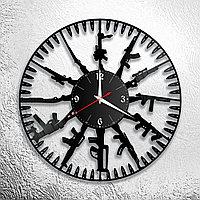 Настенные часы из пластинки интерьерные Оружие, подарок военному, 1030