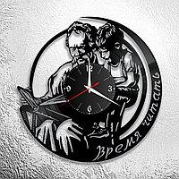 Настенные часы из пластинки Библиотека, подарок книголюбу, любителю читать, 1034