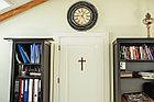Панно крест резной настенный из дерева Распятие, 12.6 x 21.6 см, фото 5