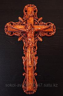 Панно крест резной настенный из дерева Распятие с орнаментом, 12.6 x 21.6 см