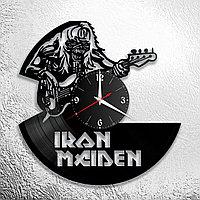 Настенные часы из пластинки, группа Iron Maiden, подарок фанатам, любителям, 0668