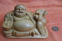 Будда из дерева