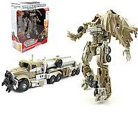 Робот - Трансформер Мегатрон.