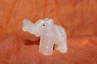 Слоненок из оникса