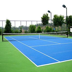 Корт для большого тенниса
