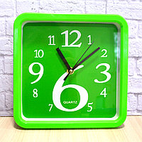 Часы настенные квадратные 21х21 см Quartz М5188А зеленые