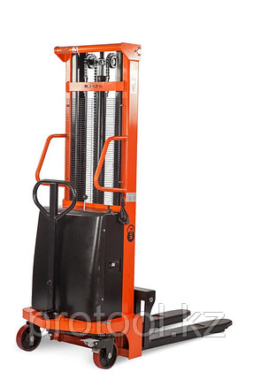Штабелер гидравлический с электроподъемом TOR г/п 2000 кг 2500 мм CTD, фото 2