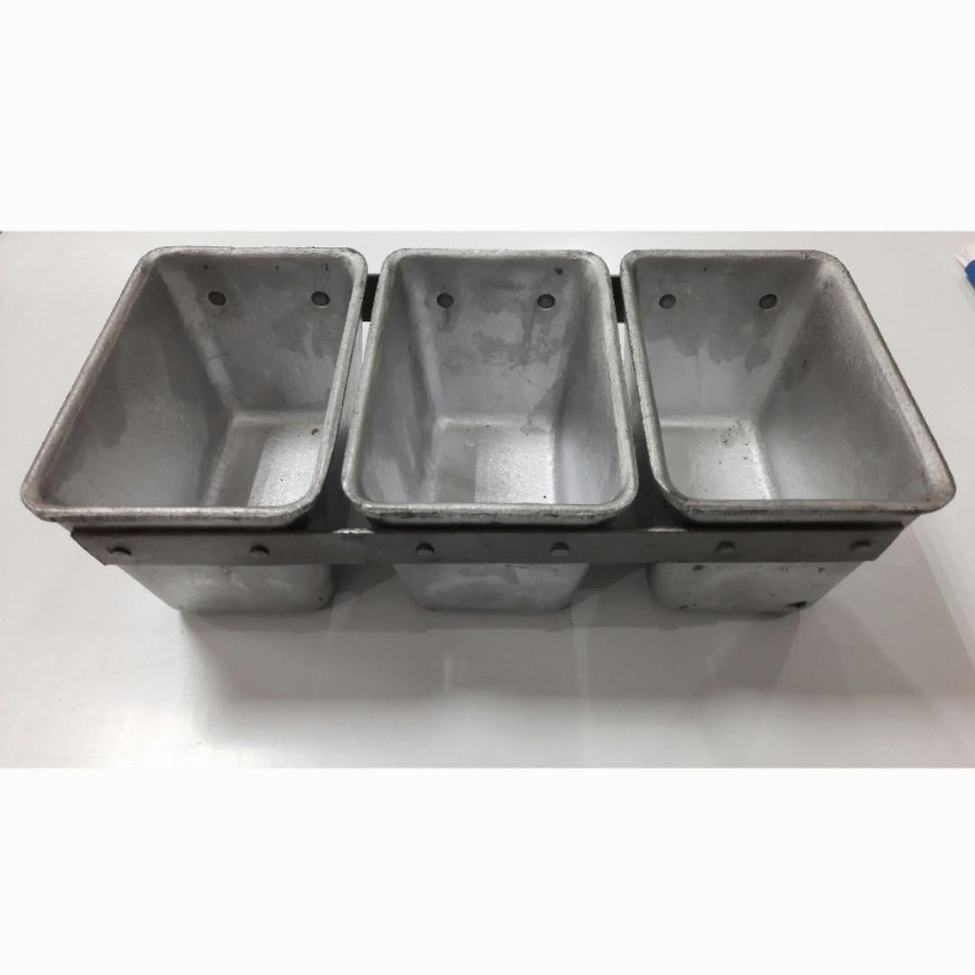 Формы для выпечки хлеба промышленные 3Л11 (тройная)