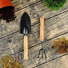 Набор садового инструмента, 2 предмета: рыхлитель, совок, длина 20 см, деревянные ручки