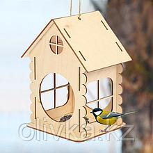 Кормушка для птиц «Изба бревенчатая», 20 × 17 × 16 см