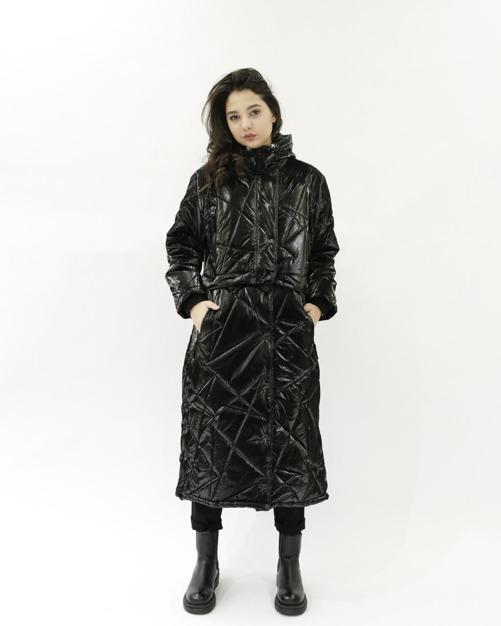 Женская куртка из плащевки (черная, свободный крой)