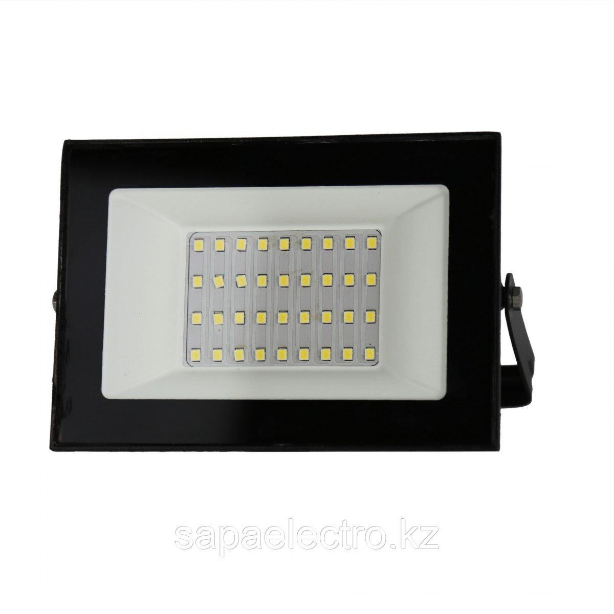 Prozhektor LED CN030 30W 6000K IP65 (HAIGER)40sht