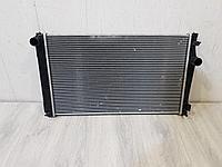 1640028560 Радиатор основной охлаждения двигателя для Toyota RAV 4 2013-2019 Б/У