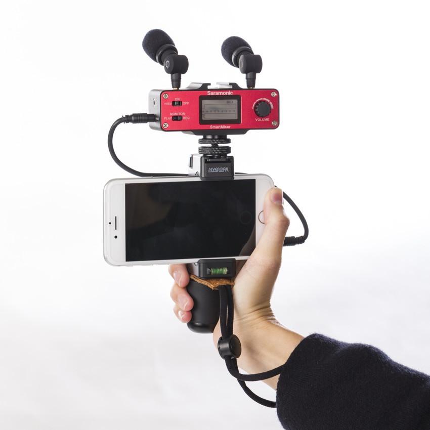 Микшер Saramonic SmartMixer со стереомикрофоном с держателем смартфона (б/у)
