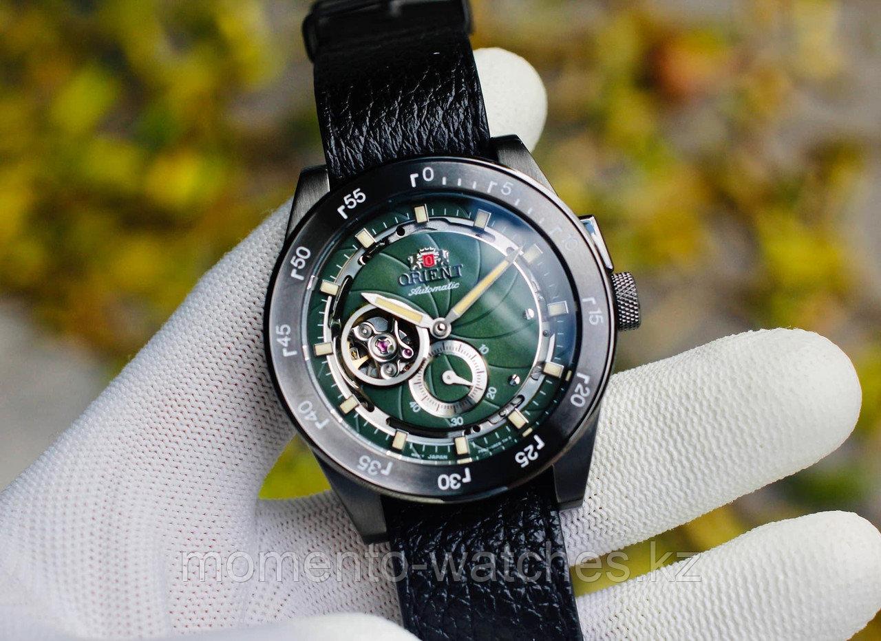 Мужские часы Orient RETRO FUTURE CAMERA 70TH ANNIVERSARY RA-AR0202E10B - фото 2