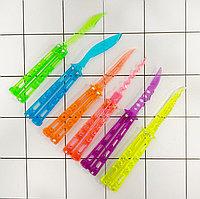 Нож бабочка обманка балисонг складной нож тренировочный пластиковый в ассортименте