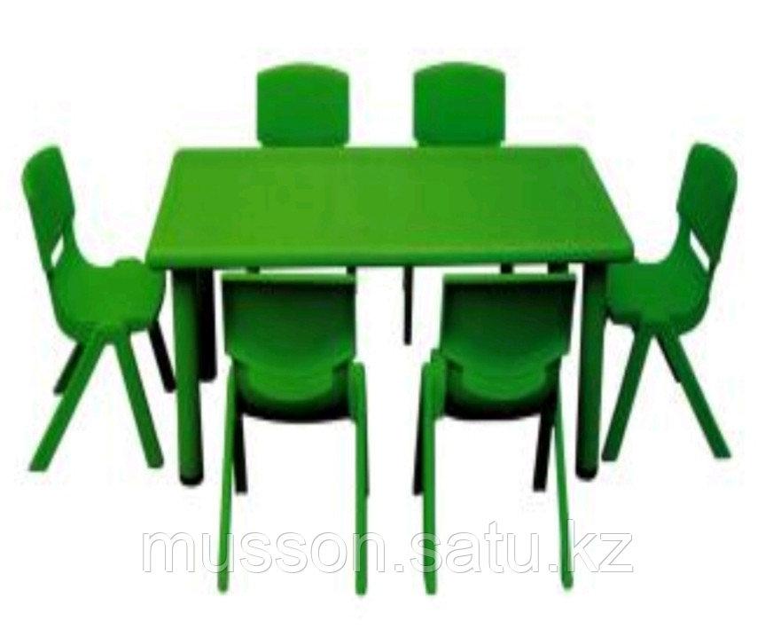 Стол детский, прямоугольной формы