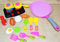 28825 Кухня с плитой и сковородкой с аксессуарами 34*18