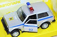 6400 Полицейская машина автопарк двери открываются 12*7