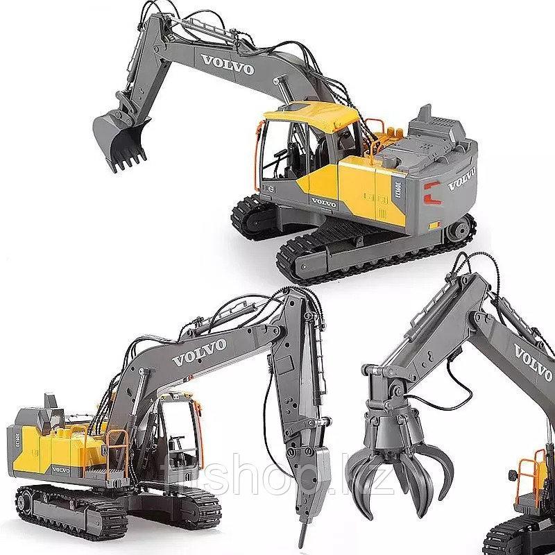 Дистанционно управляемый игрушечный экскаватор Volvo с аксессуарами, 1:16