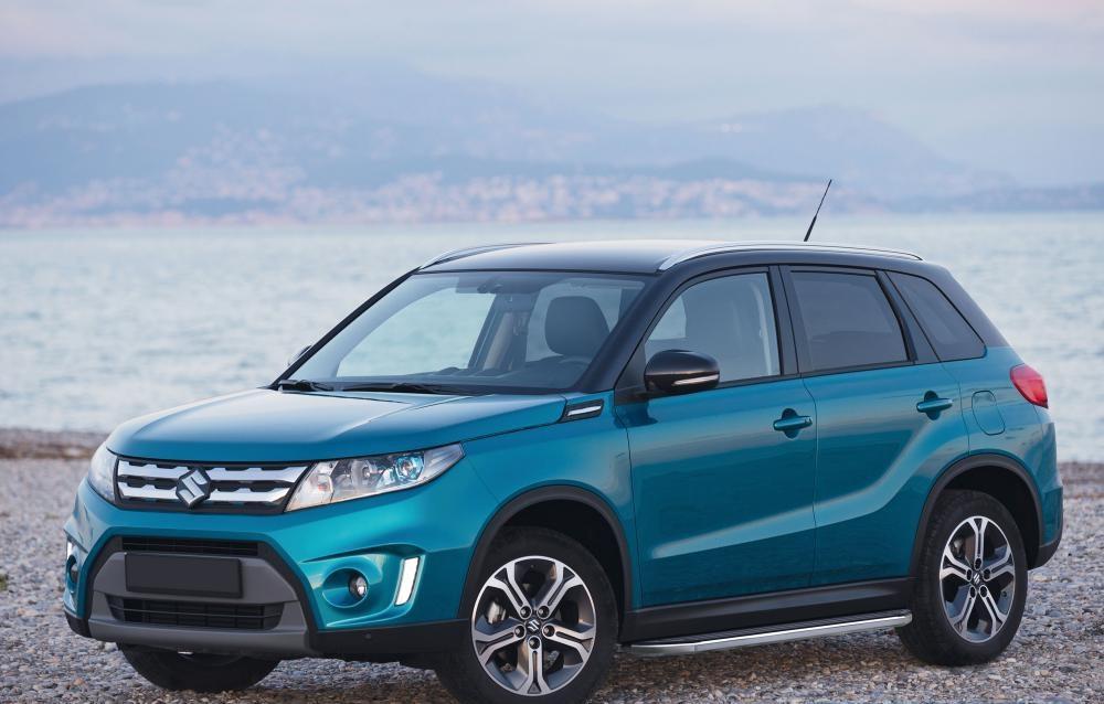 """Пороги """"Premium"""" Suzuki  SX4  (2015-)"""