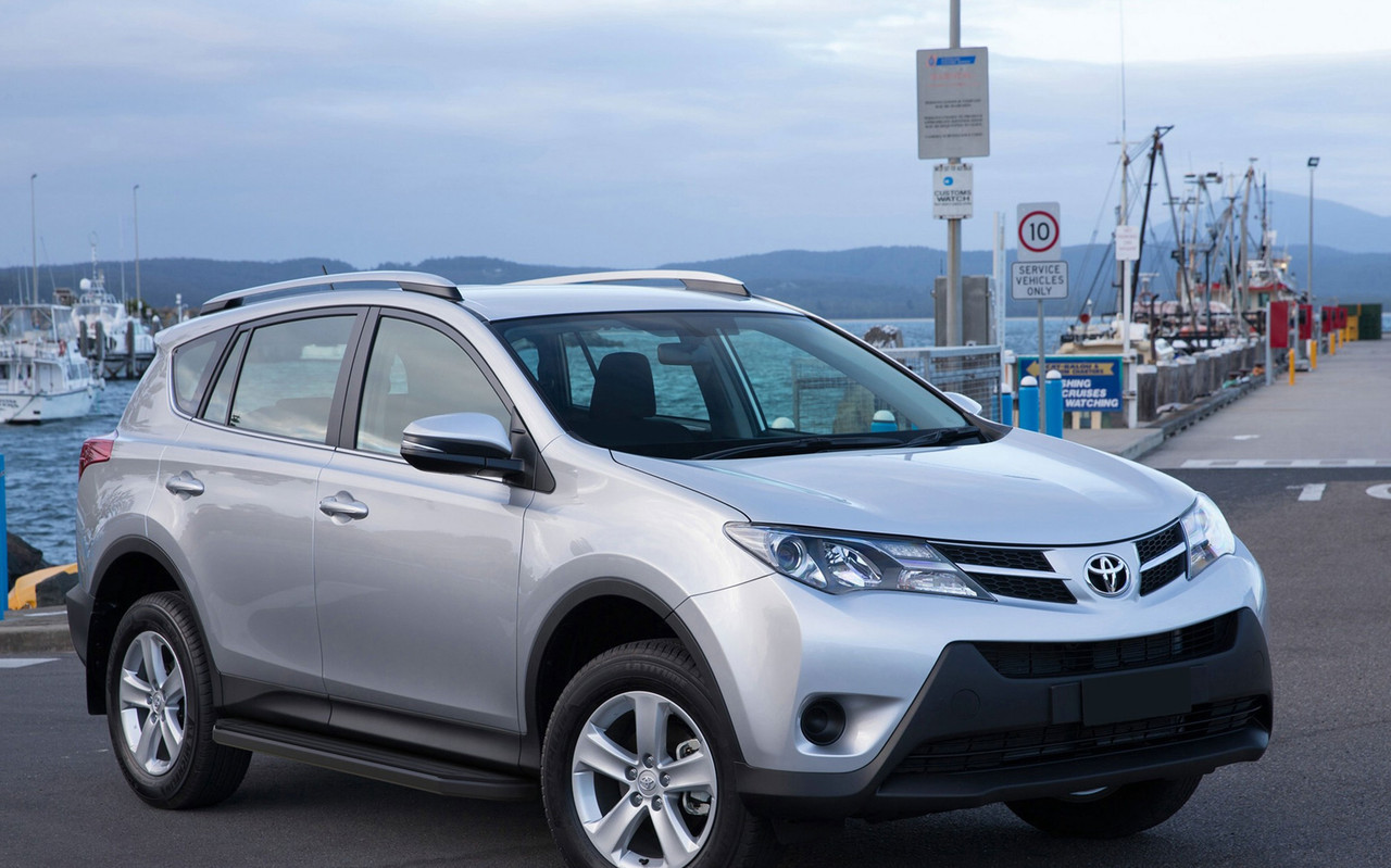 """Пороги """"Premium-Black"""" Toyota Rav 4 (2006-2013)"""