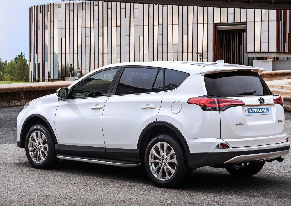 """Пороги """"Premium"""" Toyota Rav 4 (2015-2021)"""