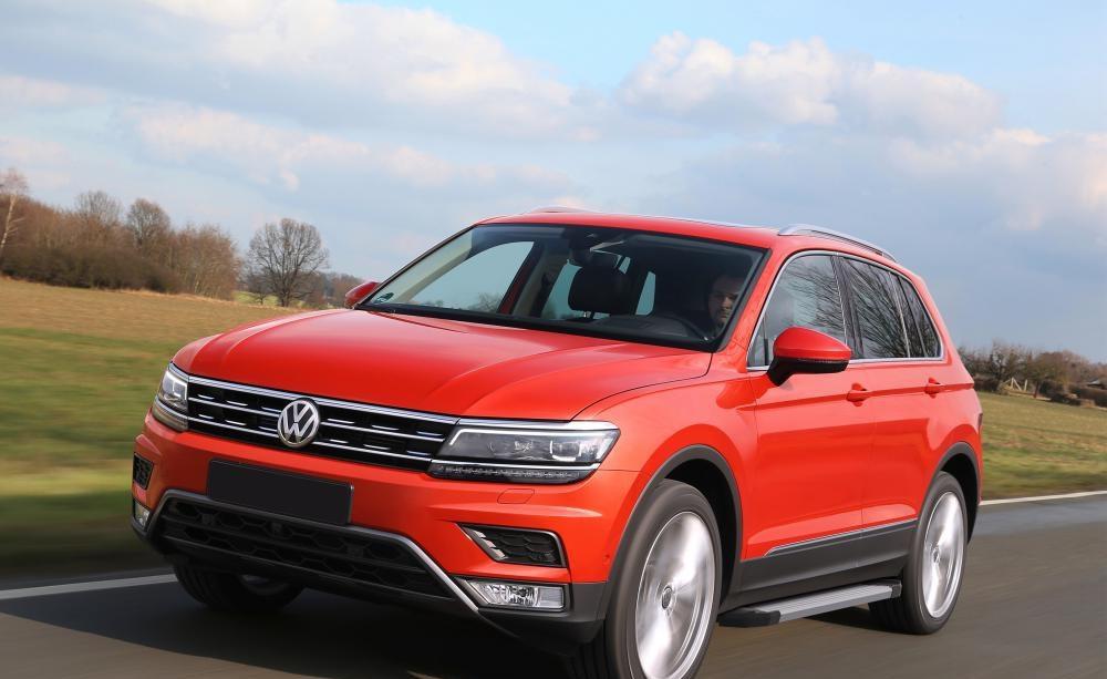 "Пороги ""Silver""  Volkswagen  Tiguan (2017-)"