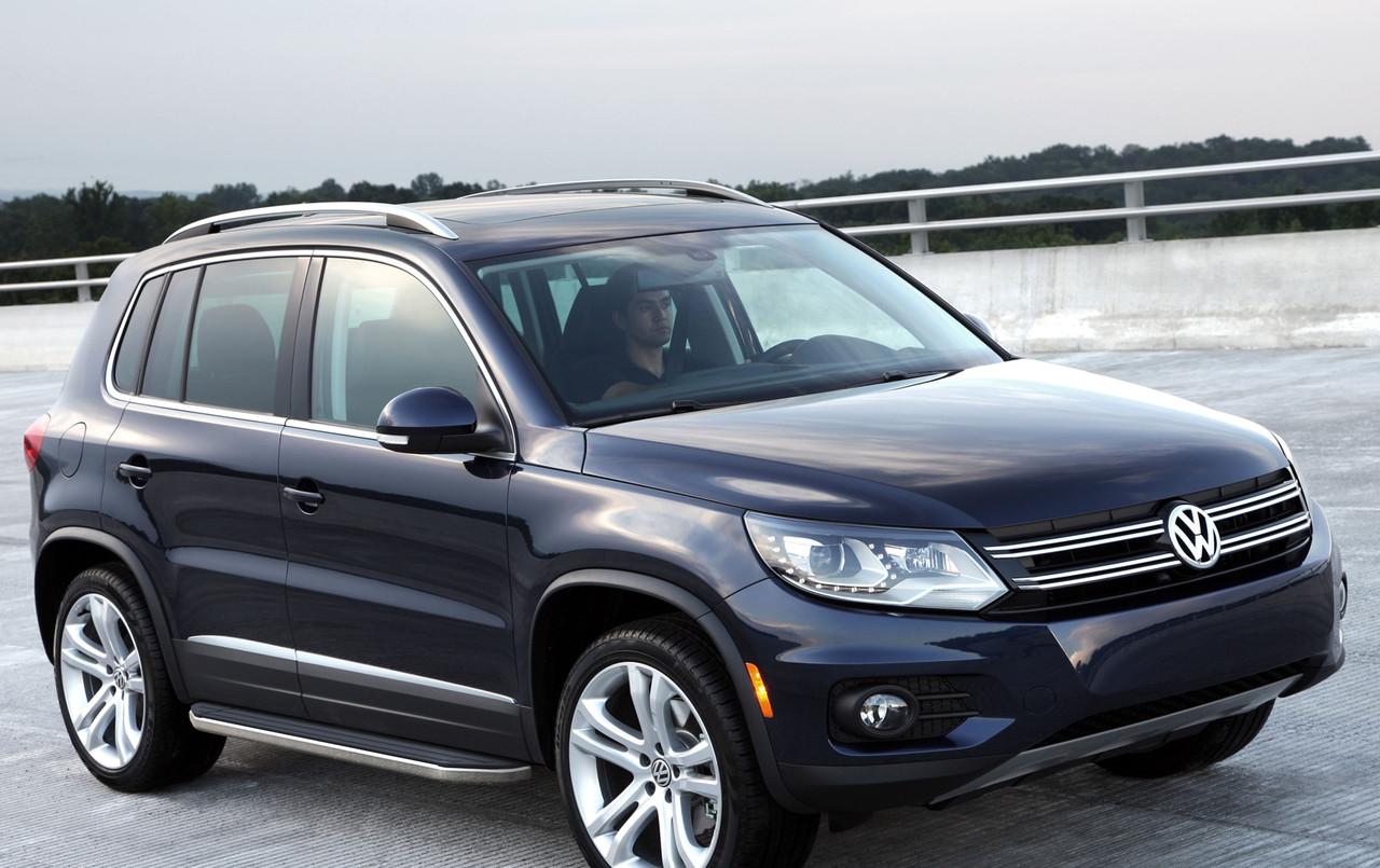 """Пороги """"Premium"""" Volkswagen Tiguan (2007-2017)"""