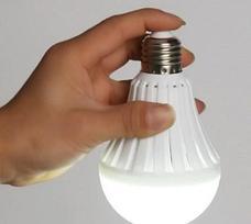 Энергосберегающая лампа с аккумулятором Дачный сезон!, фото 2
