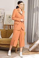 Женский осенний оранжевый нарядный брючный костюм Мода Юрс 2659 терракот 46р.