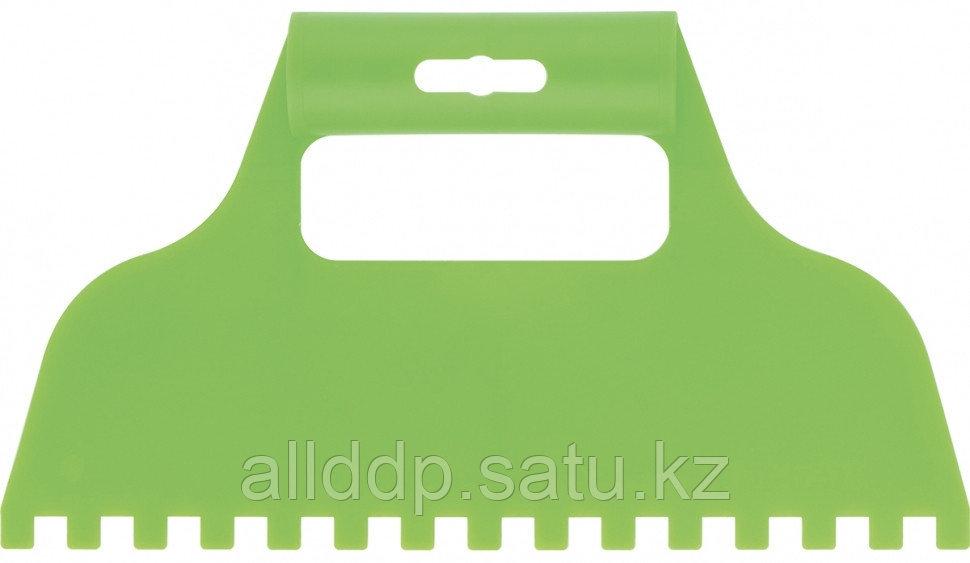 Шпатель для клея пластмассовый 8х8 мм зубчатый Сибртех 86016 (002)