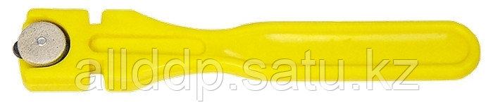 Стеклорез 2-роликовый с пластмассовой ручкой 87211 (002)