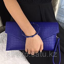 Клатч с ручкой-браслетом синий HO18