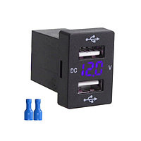 USB автомобильное зарядное устройство с вольтметром и 2 USB Синий