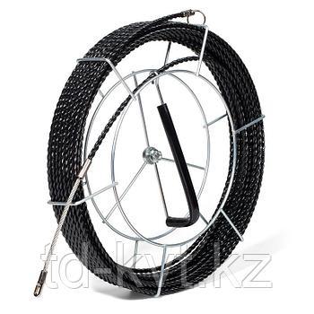 Протяжка из трех плетеных полиэстеровых нитей с фиксированными наконечниками на металлической катушке