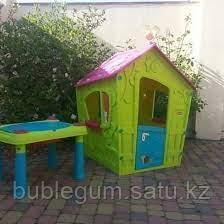 KETER Игровой Дом Magic Волшебный с петушком, Салатовый/малиновый Green/Violet