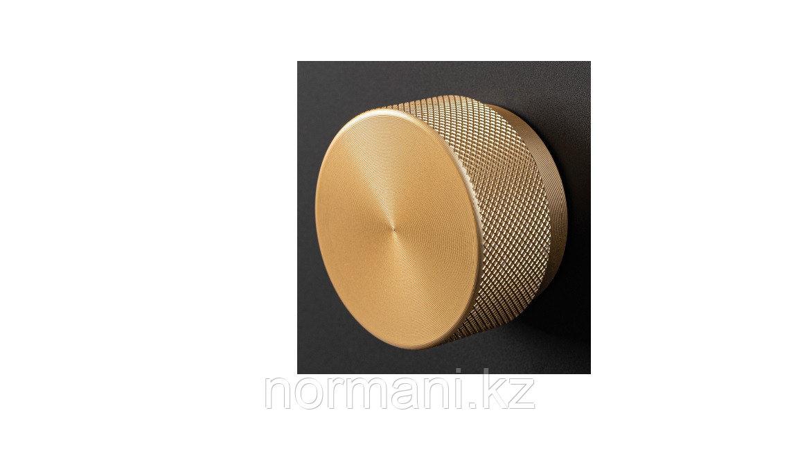 Ручка кнопка D.38мм, отделка под золото шлифованное