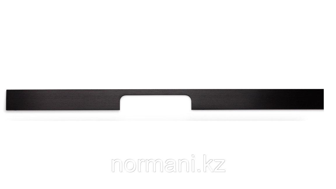 Мебельная ручка скоба, замак, размер посадки 160-768мм, отделка под черный шлифованное