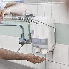 Дозаторы жидкого мыла и антисептических средств с локтевым приводом (локтевые)