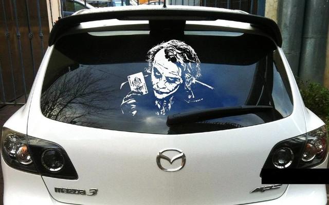 наклейки на авто на заднее стекло Алматы