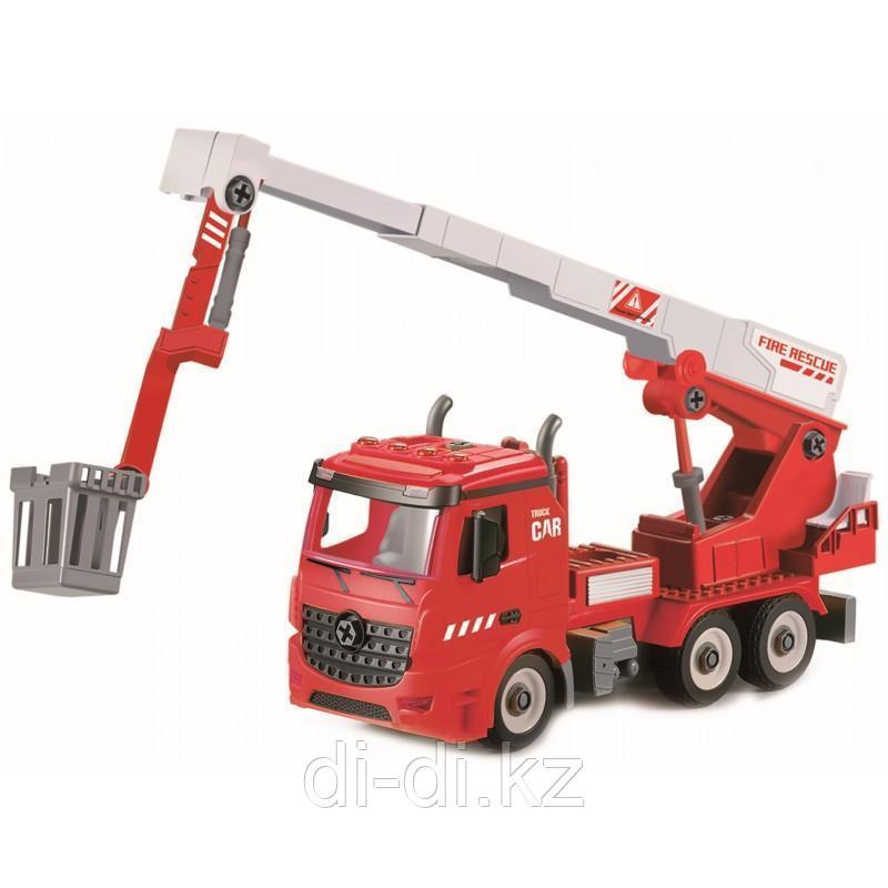 Funky toys Пожарная машина-конструктор с выдвижной стрелой, фрикционная, свет, звук, 1:12 FT61113