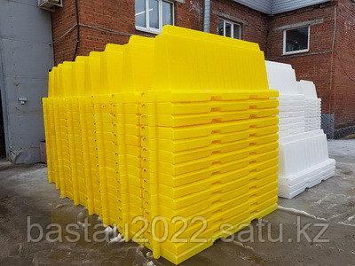 Вкладывающийся дорожный пластиковый барьер (водоналивной блок) 2м